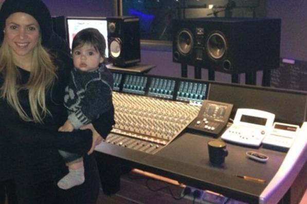 Shakira, Shakira Gerard Pique