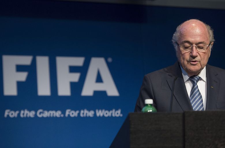Sepp Blatter, Sepp Blatter Renuncia