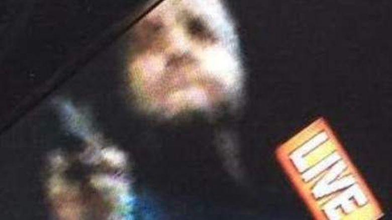 Un Screengrab del vídeo del tiroteo muestra el pistolero. (Heavy)