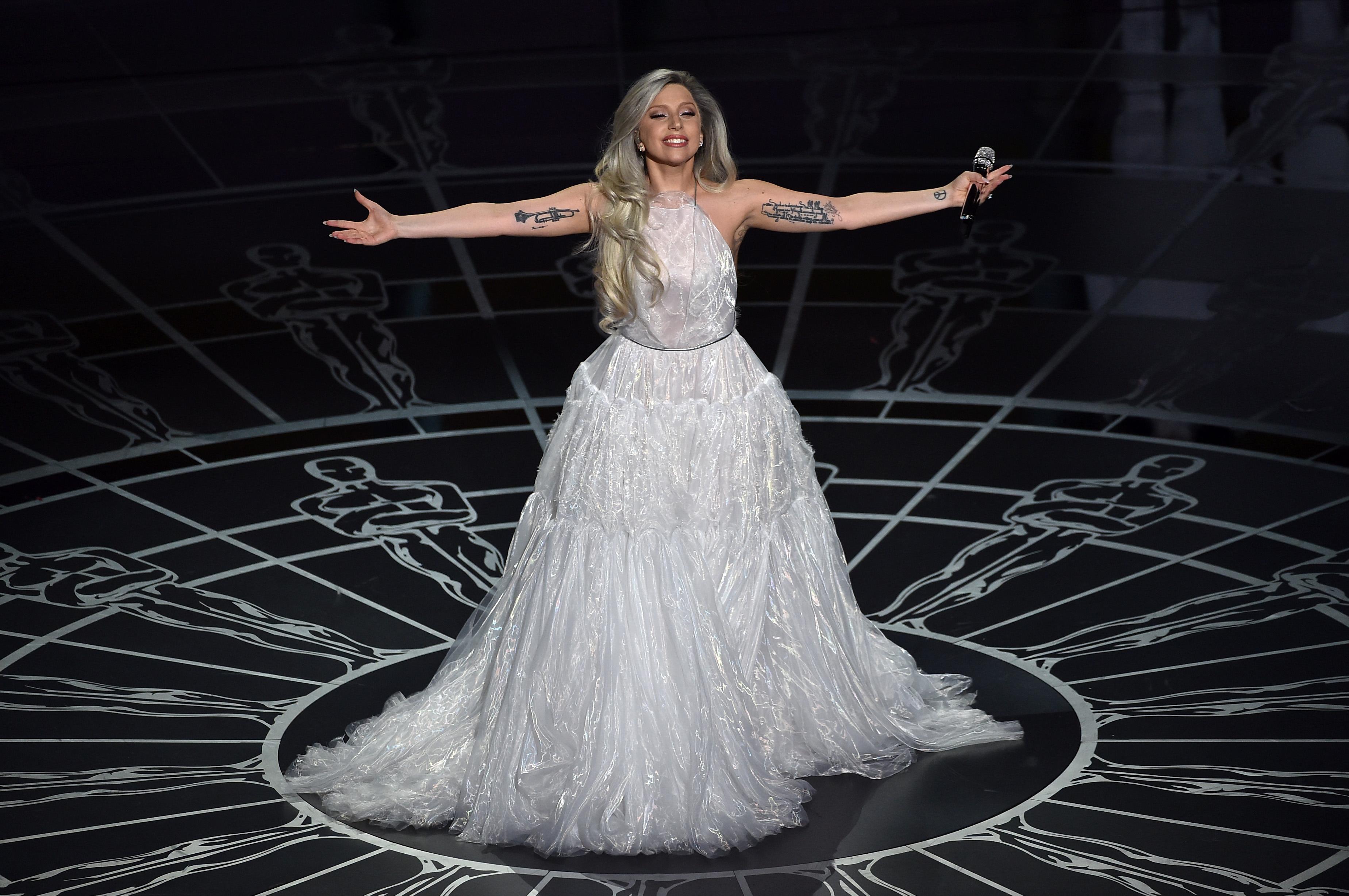 Lady Gaga tendrá el honor de cantar el himno nacional antes del Super Bowl de 2016. (Getty)
