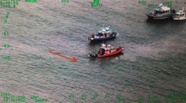 Avión de combate se estrella en el río Hudson (Twitter)