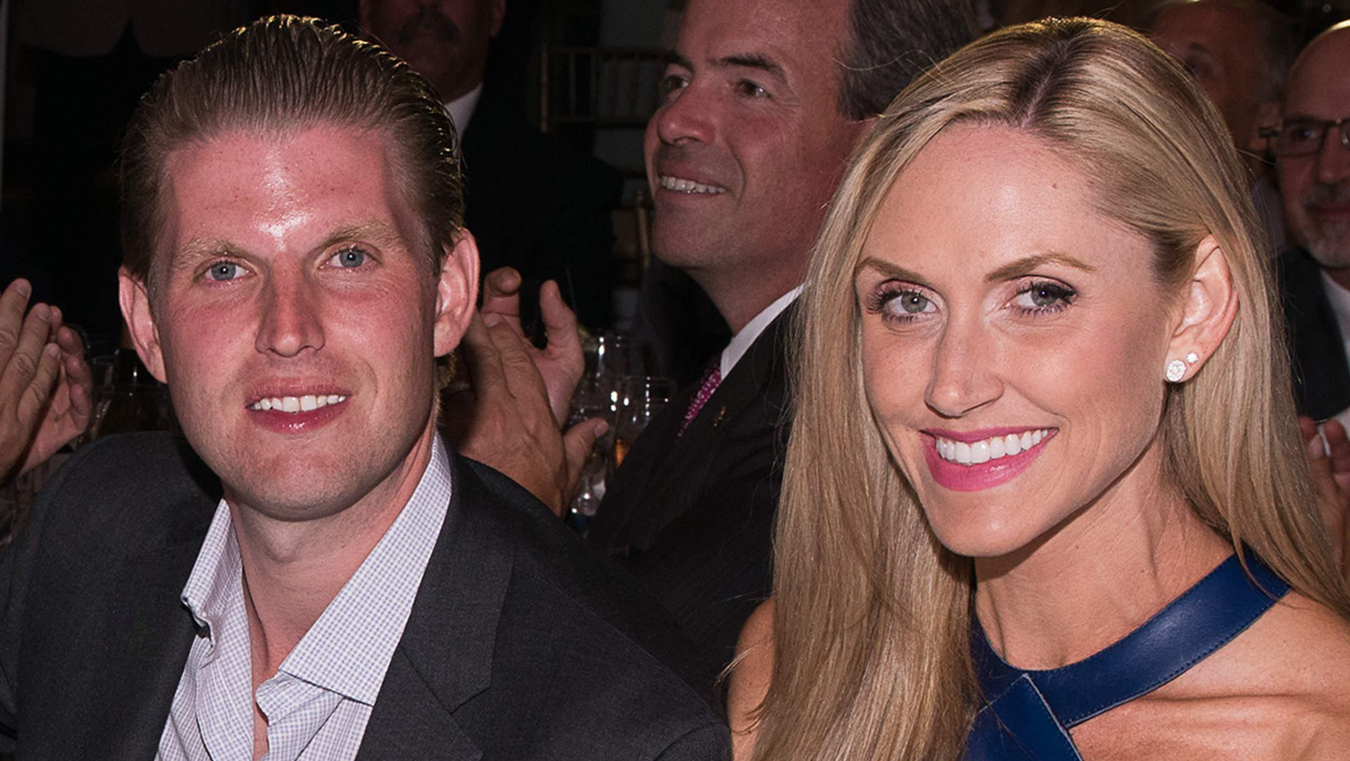 Eric Trump y su esposa, Lara Yunaska Trump (Getty)