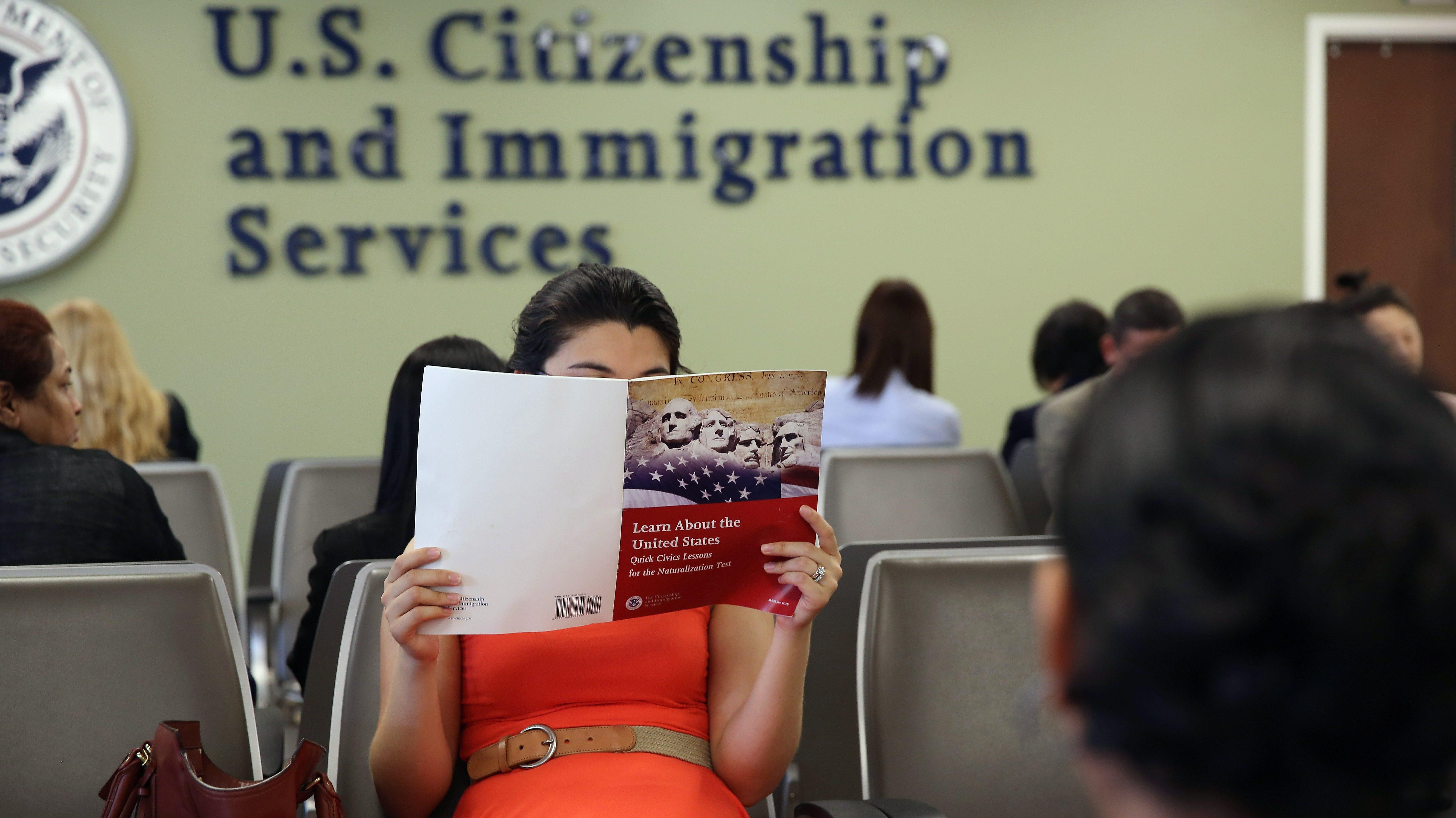 ciudadania americana,examen de ciudadania,preguntas de ciudadania,preguntas para la ciudadania,preguntas de la ciudadania,examen de ciudadania americana,clases de ciudadania,ciudadania americana gratis