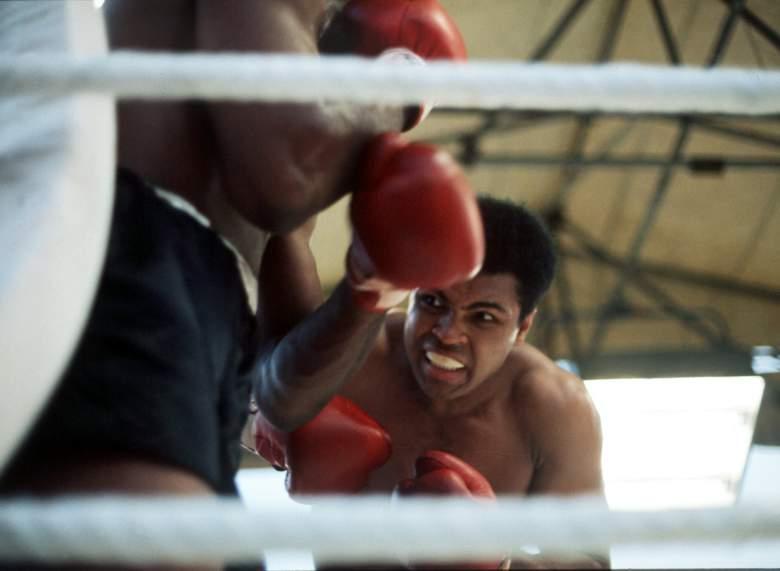 Ali es considerado como el mejor de todos los tiempos en su deporte. (Getty)