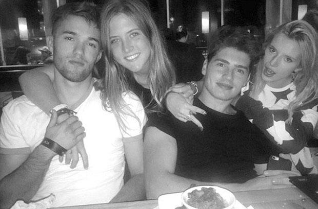 Remy (izq. a der.), Bella Pendergast, Gregg y Bella Thorne. (Instagram)