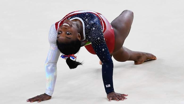 Simone Biles durante su rutina de suelo. (Getty)