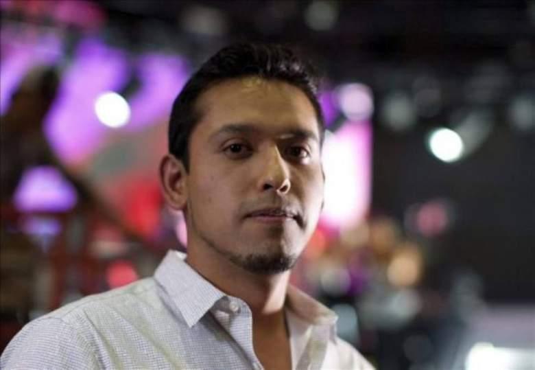 Iván Aguilar es el hijo mayor de Juan Gabriel. (Foto tomada del internet/Twitter)