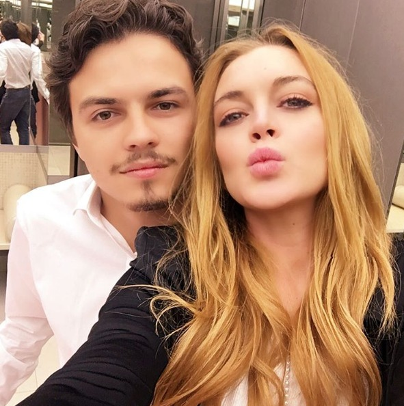 Lindsay Lohan y Egor (Twitter)