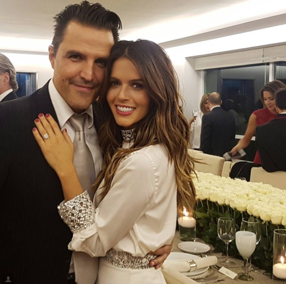 Billy Rovez le pidió formalmente la mano de Álvarez a sus padres. (Instagram)