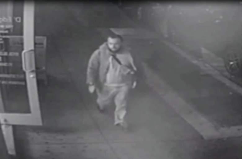 Una cámara de video filmó al hombre que permitió a la FBI identificarlo como Ahmad Rahami, cerca de la explosión en Chelsea. (New Jersey State Police)