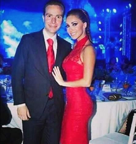 Anahí anunció que está esperando su primer hijo con su esposo. (Instagram)