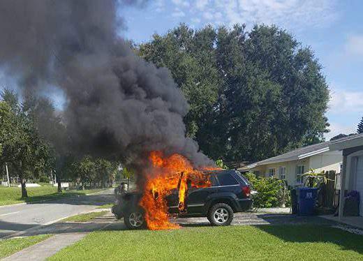 Una batería de iones de litio en un teléfono Note 7 se cree que ha causado este incendio de la Florida.(Facebook / Nathan y Lydia Dornbacher)