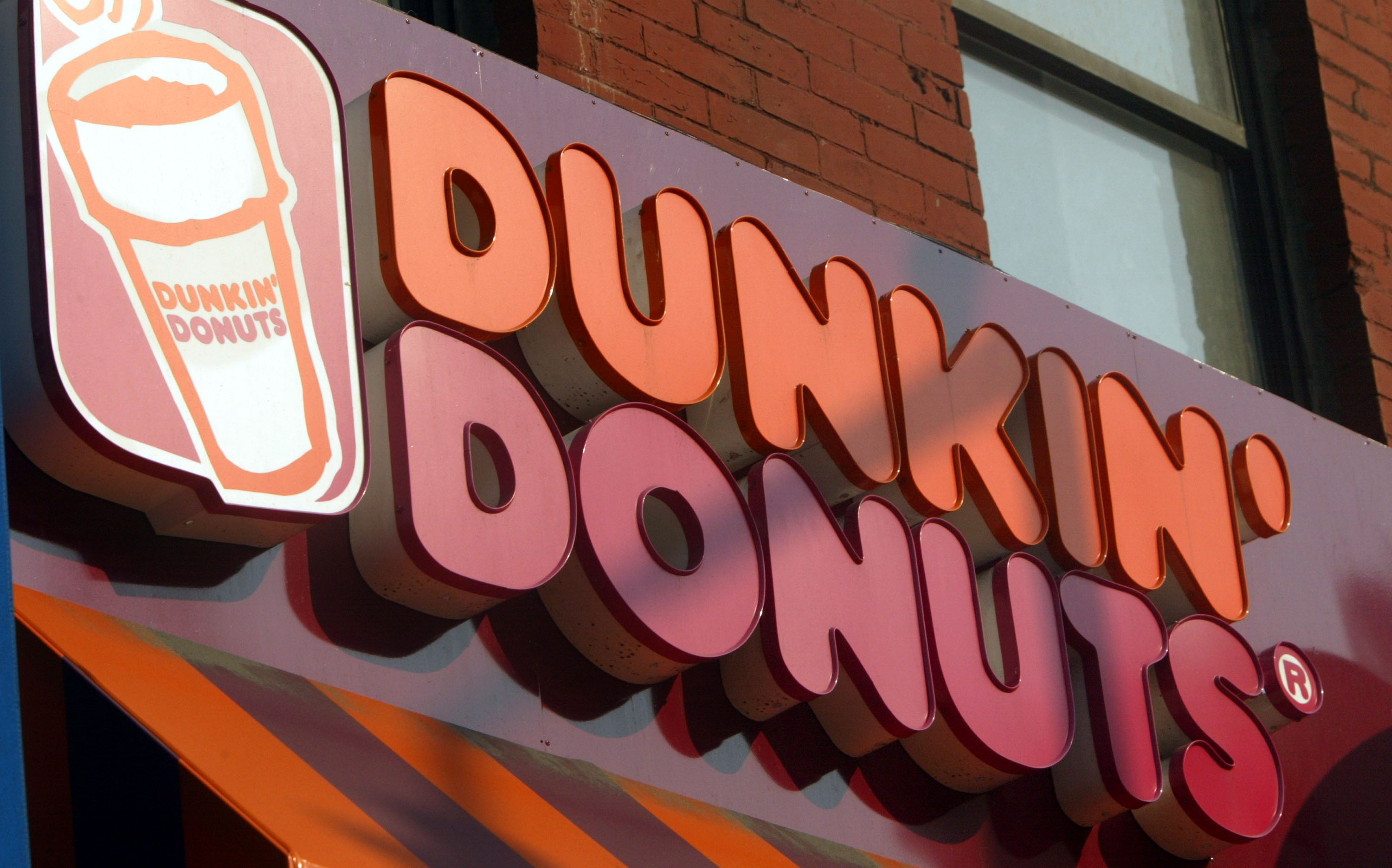 Dunkin' Donuts abierto thanksgiving?