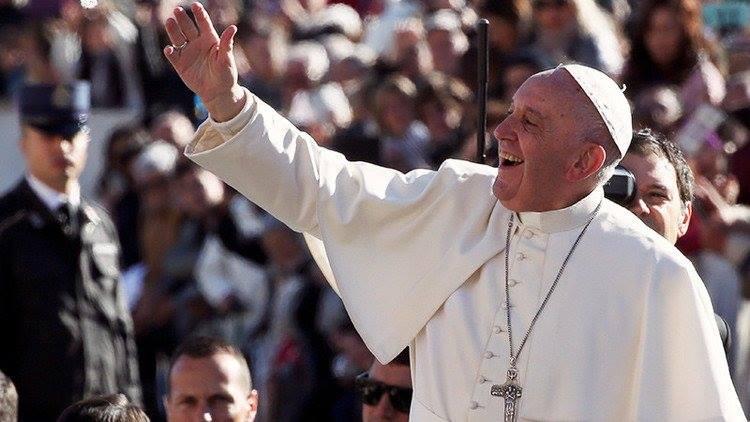 Su Santidad, el Papa Francisco dió apertura al periodo de Adviento 2016. (Facebook)