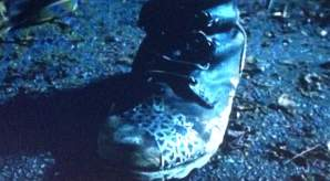 Las botas del personaje misterioso. (AMC)