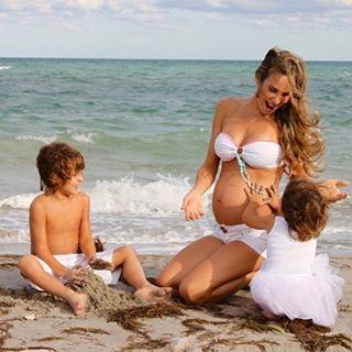 Natalia y sus 2 hijos mayores. (Instagram)