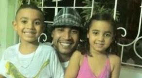 Don Omar con sus hijos Dereck y Gianna cuando estaban más pequeños. (Facebook)