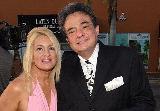 Cuántas veces se casado José José? , Jose José y Sara Salazar su esposa