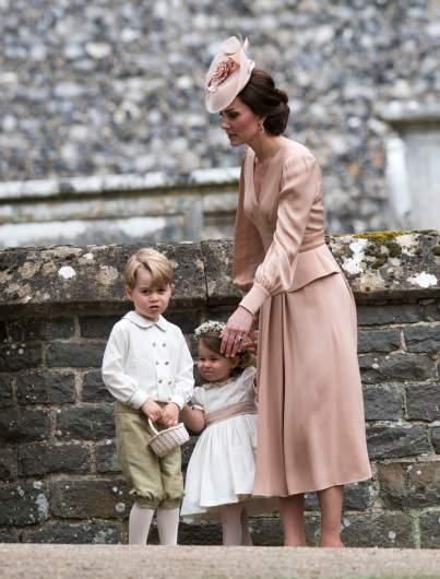 principe George, princesa Charlotte, Kate Middleton