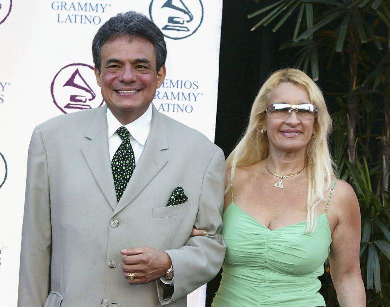 José José y su tercera esposa Sara Salazar, Serie José José, El príncipe de la Canción