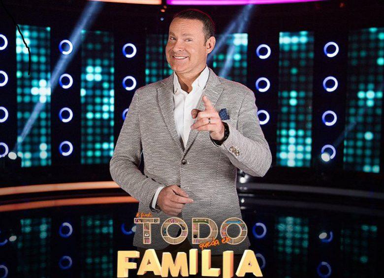 Alan Tacher, Al final todo queda en Familia , Programa de Concurso de Univisión, Ximena Cordoba