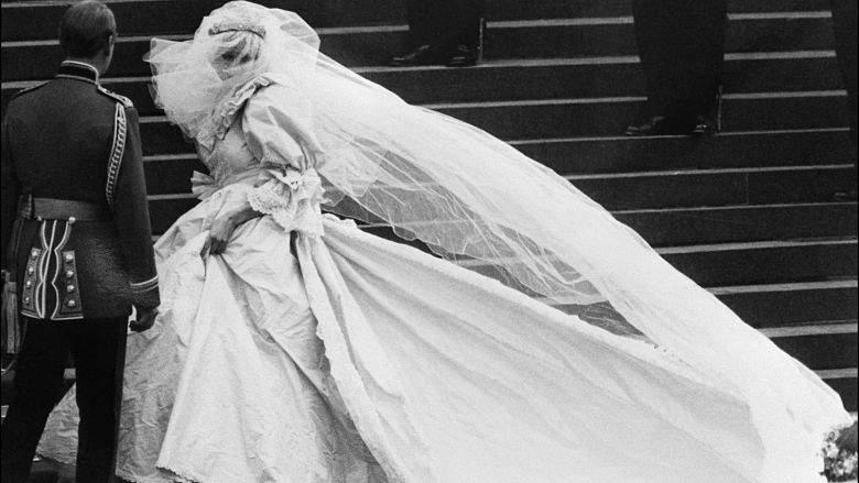 Vestido de novia de Lady Diana, fotos y detalles