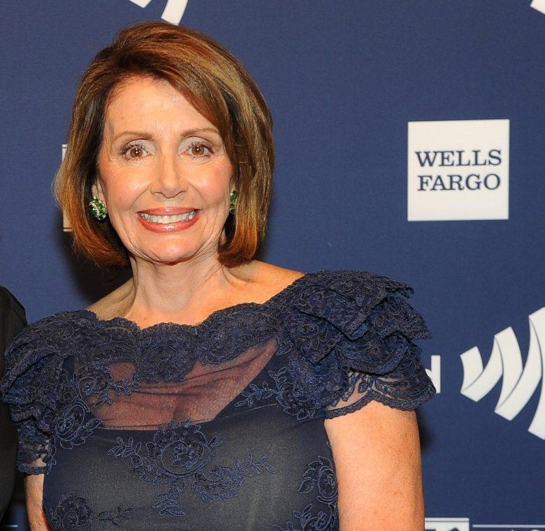 Cuánto dinero tiene Nancy Pelosi, fortuna, millones,