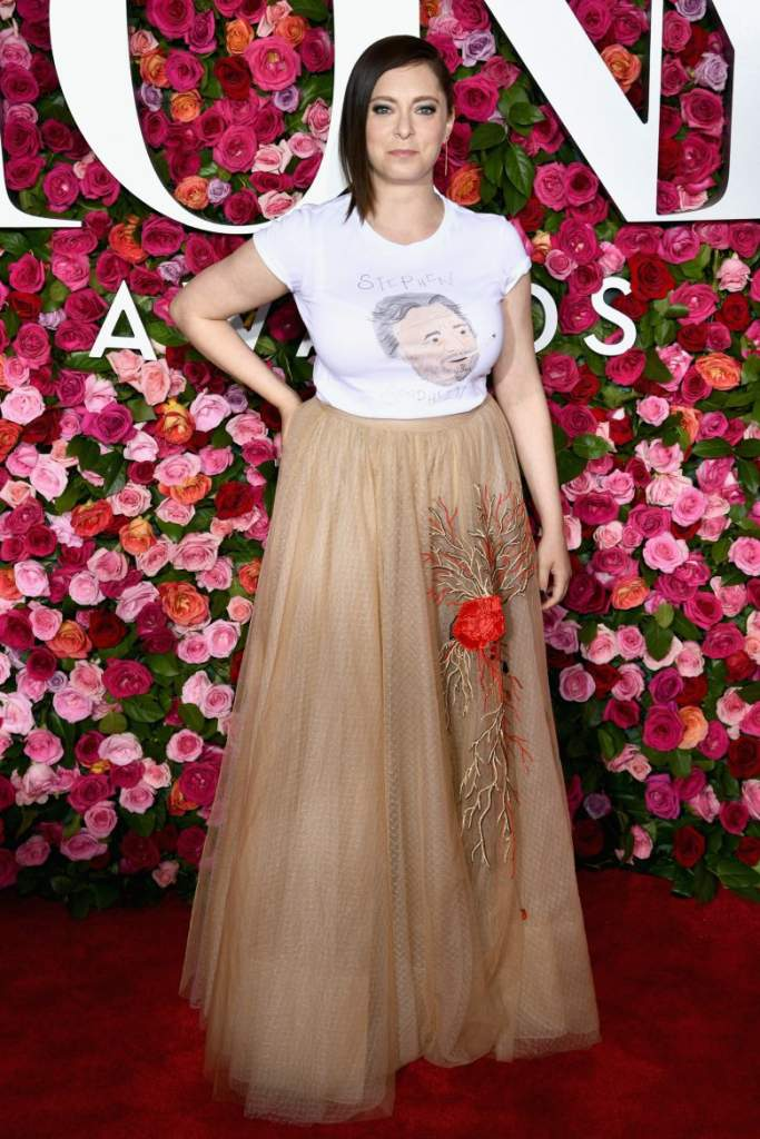Rachel Bloom, Tony Awards 2018, peores vestids, peores looks, alfombra roja, fotos