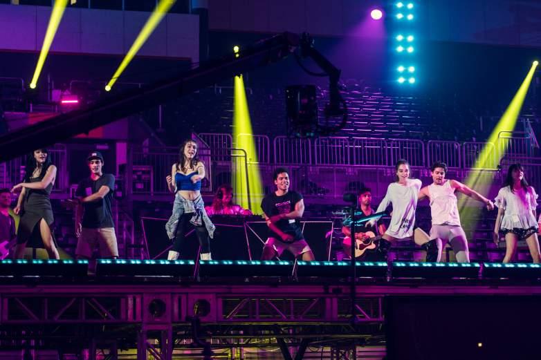 LIKE, Premios Juventud