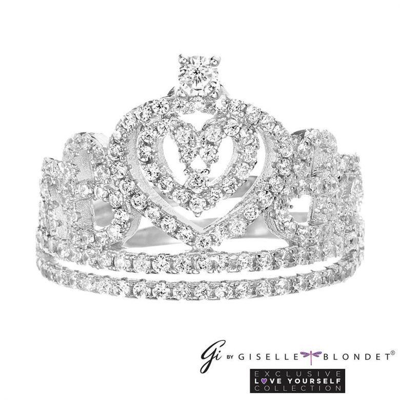 ¿Dónde comprar los accesorios de Giselle Blondet para Nuestra Belleza Latina?, Anillo de corona de NBL,