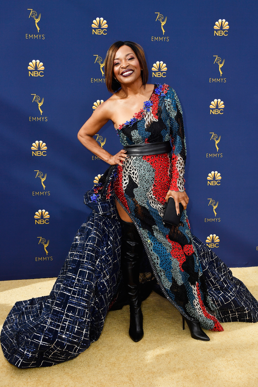 Premios Emmys 2018: Los peores looks de la alfombra roja [FOTOS], peores vestidos,Tina Lifford