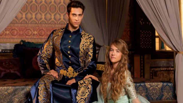 """¿Por qué cambiaron a la rubia Anastasia por otra actriz en """"La Sultana""""?"""