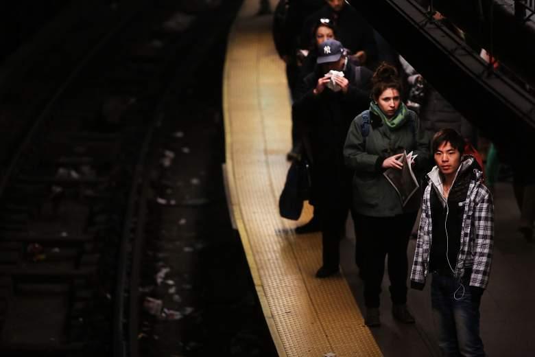 Hombre fue arrollado por el Subway mientras miraba su celular