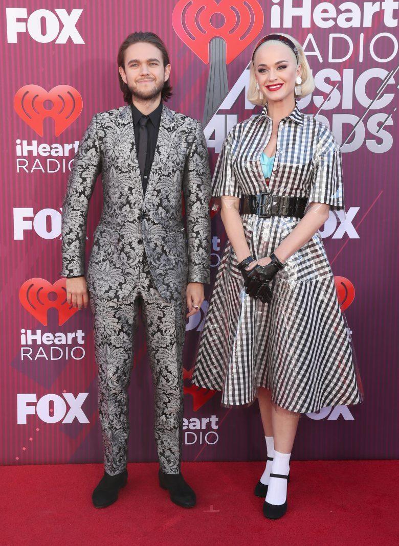 [FOTOS] iHeartRadio Music Awards 2019: Los peores vestidos de la Alfombra, Zedd y Katy Perry
