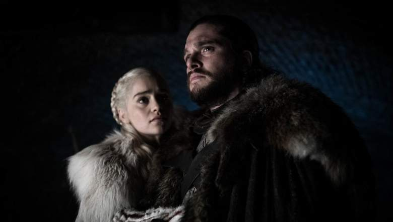 Game of Thrones Canal, Hora, Titulos