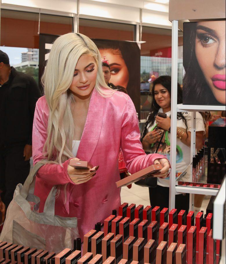 ¿Dónde comprar las nuevas cremas para el cuerpo de Kylie Jenner?
