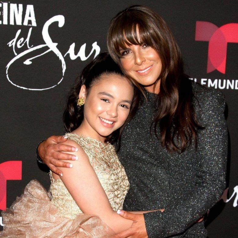 """¿Mataron a Sofía en """"La Reina del Sur 2?. Kate del Castillo junto a Isabella Sierra"""