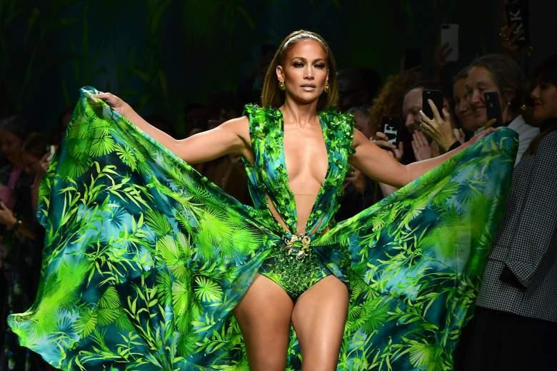Jennifer López vuelve a lucir su famoso Versace verde: ¿mejor que hace 20 años?