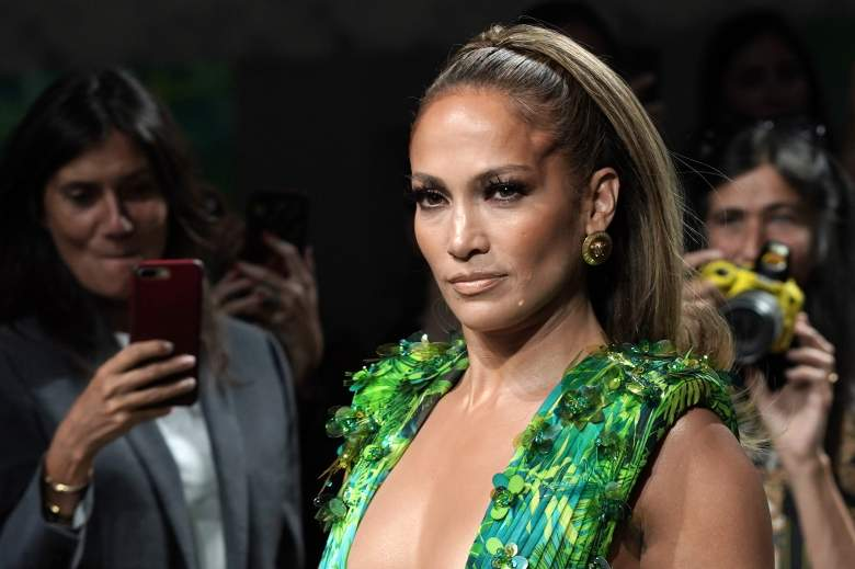 Jennifer López presenta su nuevo perfume: ¿dónde se puede comprar?