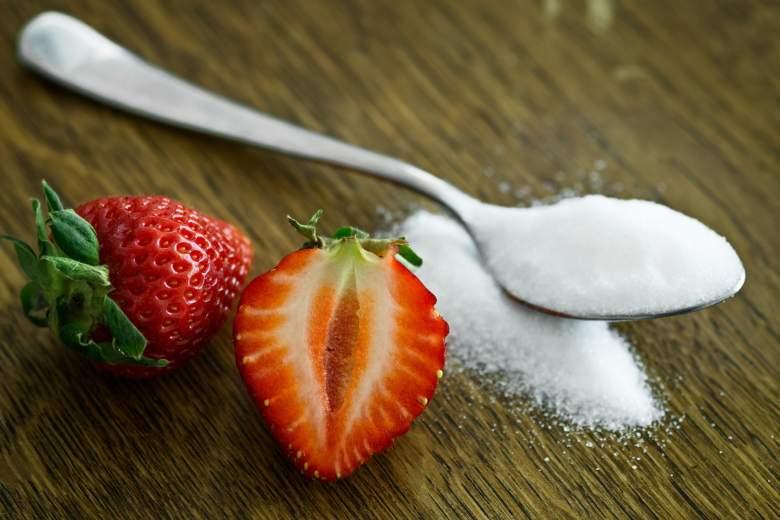 Cuáles son los daños de comer azúcar para la piel?