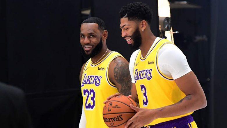 VER:LeBron James-Anthony Davis en triunfo de Lakers 05 Oct2019