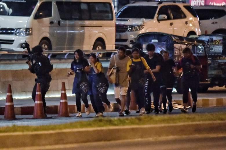 Militar asesina a 20 personas en centro comercial y lo transmite en vivo: ¿dónde?: VIDEO
