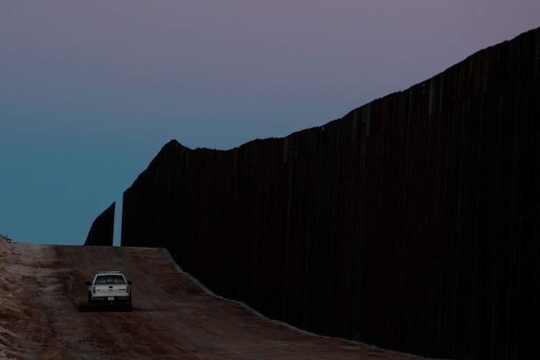 Trump sigue construyendo el muro en crisis del coronavirus: ¡así lo presumió!
