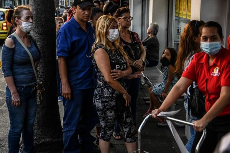 La mayoría de muertos por coronavirus en NY son latinos: ¿por qué?