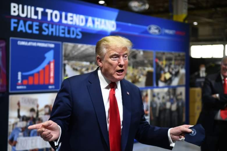 Trump recibió tarjeta débito de los $1,200 por el COVID-19: ¿por qué?