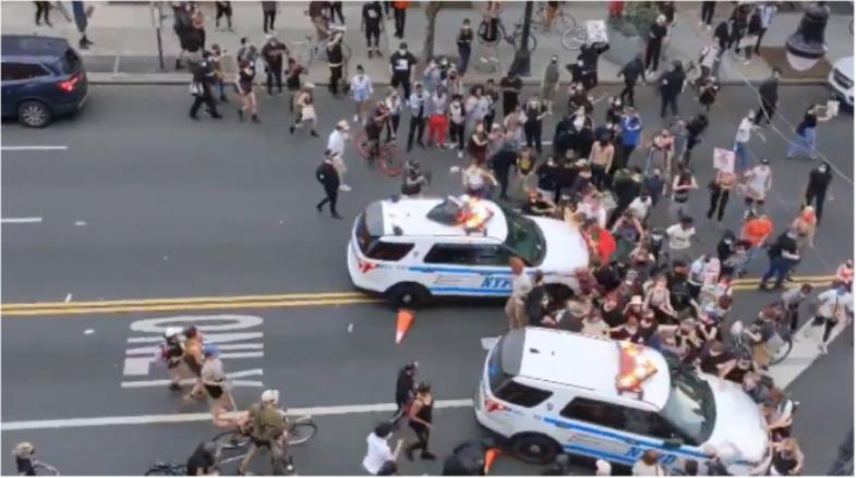 [VER]: 10 videos virales intensos de protestas y disturbios por muerte de George Floyd