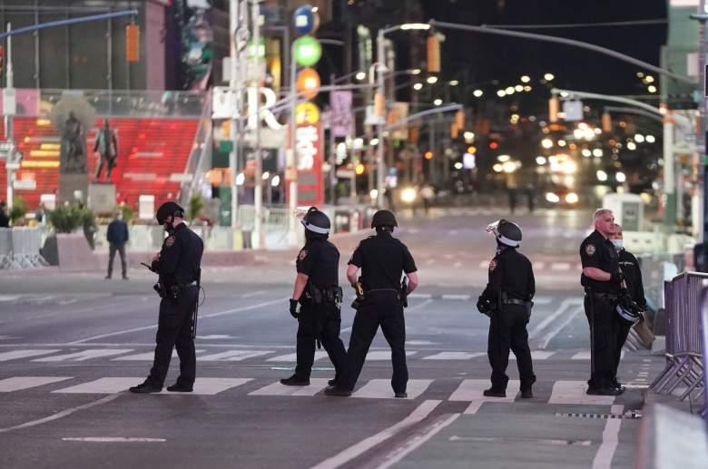 10 policías matan a un hombre armado en Nueva York y desatan la ira
