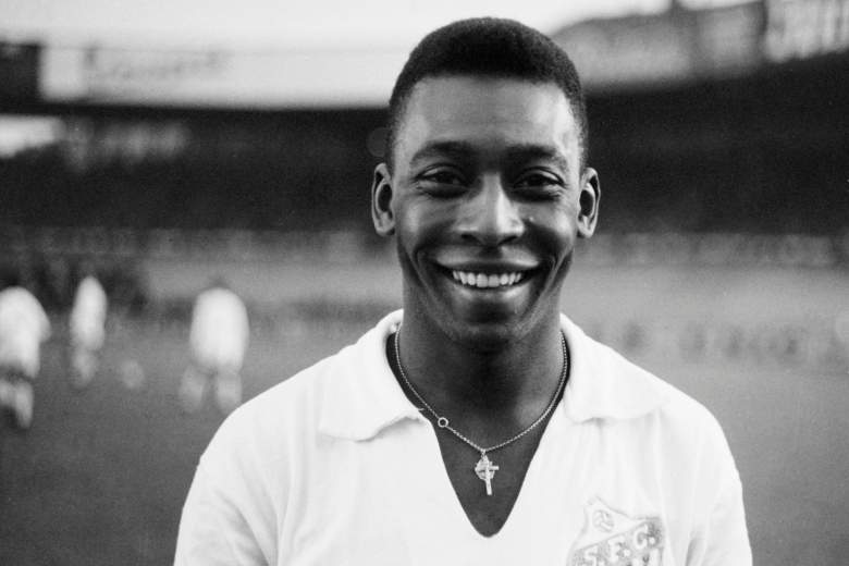 Pelé muestra la foto de su último Mundial hace 50 años que todos querían ver