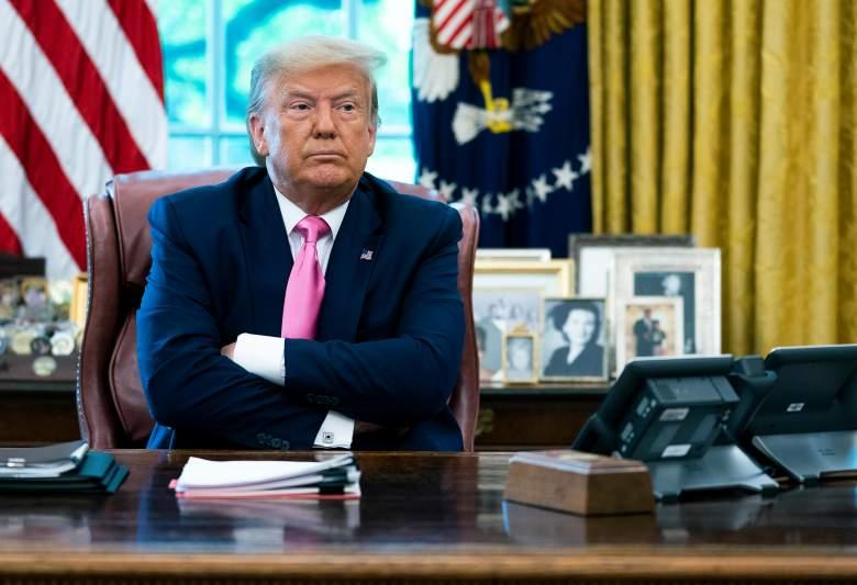Trump firma memorando para que indocumentados no se cuenten en el Censo