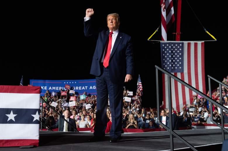 """Trump dice que es """"inmune"""" al COVID-19: asegura que podría besar a todos sin riesgo"""